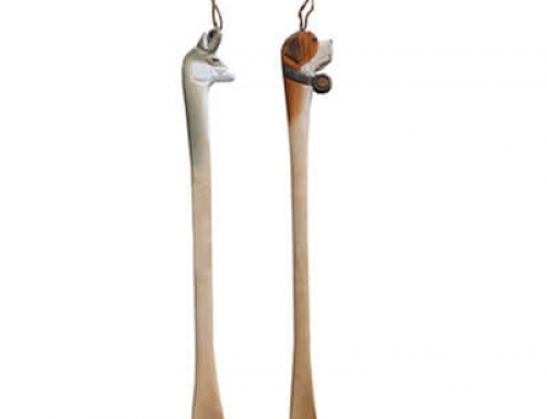 Wooden animal shoehorn