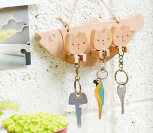wood bird keychain