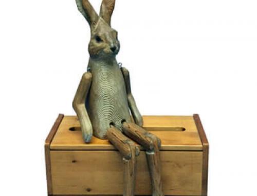 Wooden rabbit shelf sitter