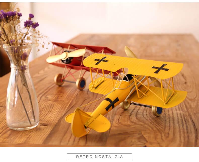 vintage metal airplan 1 (1)