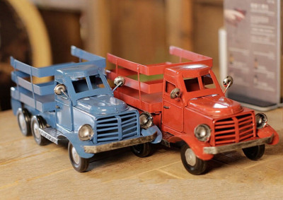 antique red truck (2)