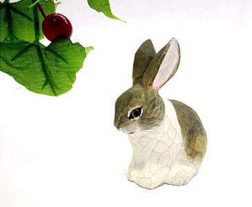 wood bunny decoration